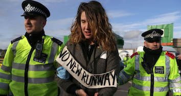 girl-at-no-new-runway-protest