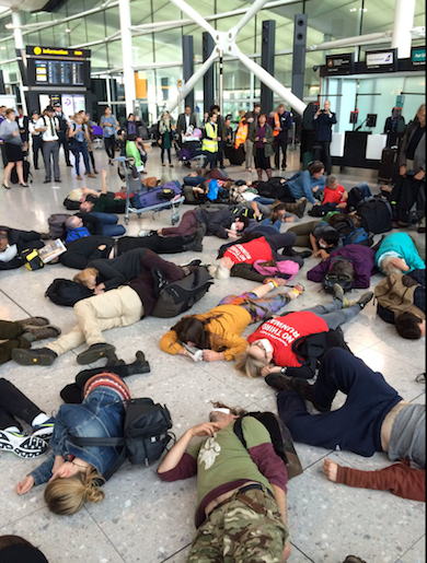 Die in Heathrow T2 1