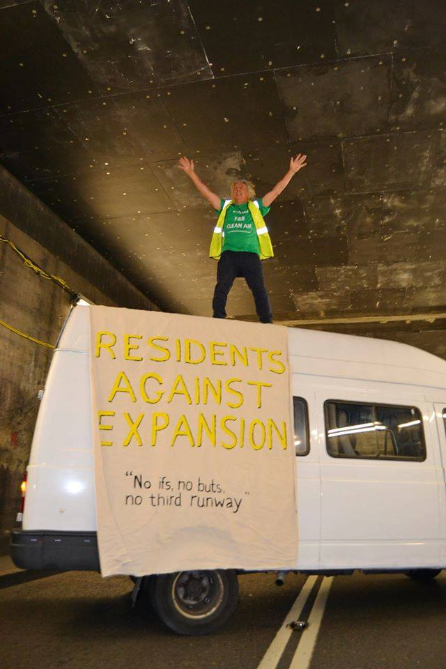 Heathrow tunnel blocked 2.7.2015
