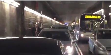 Tunnel blocked 26.11.2015
